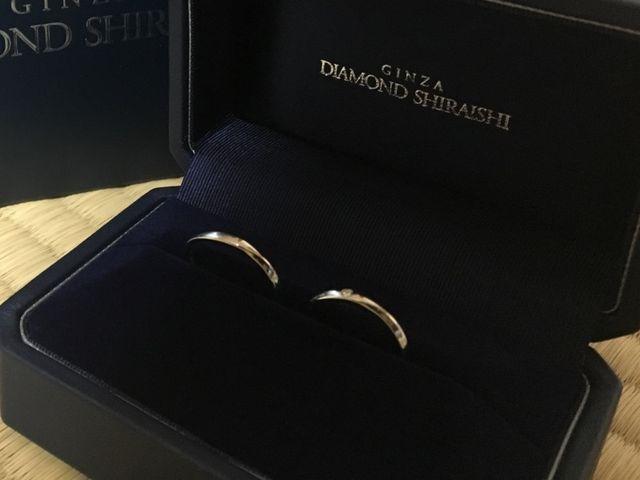 ケースに入った状態の結婚指輪