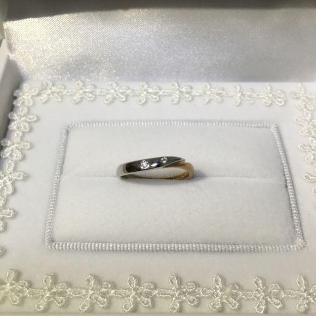 ダイヤを2つ、半分だけピンクゴールドを入れて頂きました