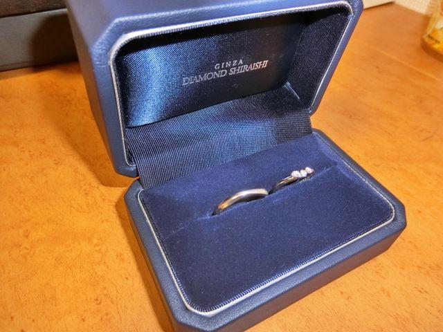 ペアの結婚指輪です