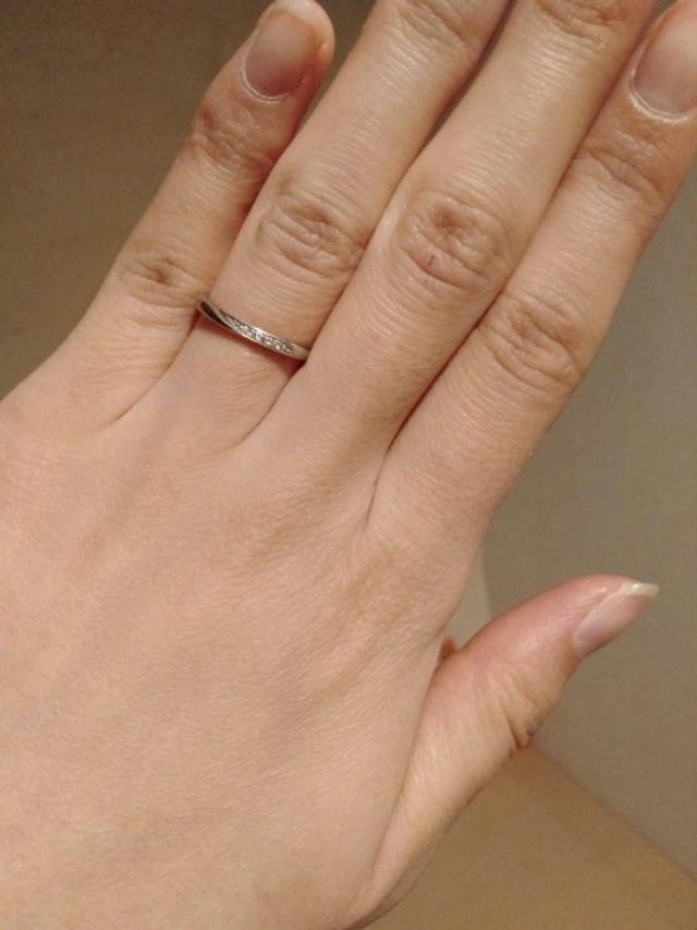 ダイヤはハーフで細みのリンクを選びました