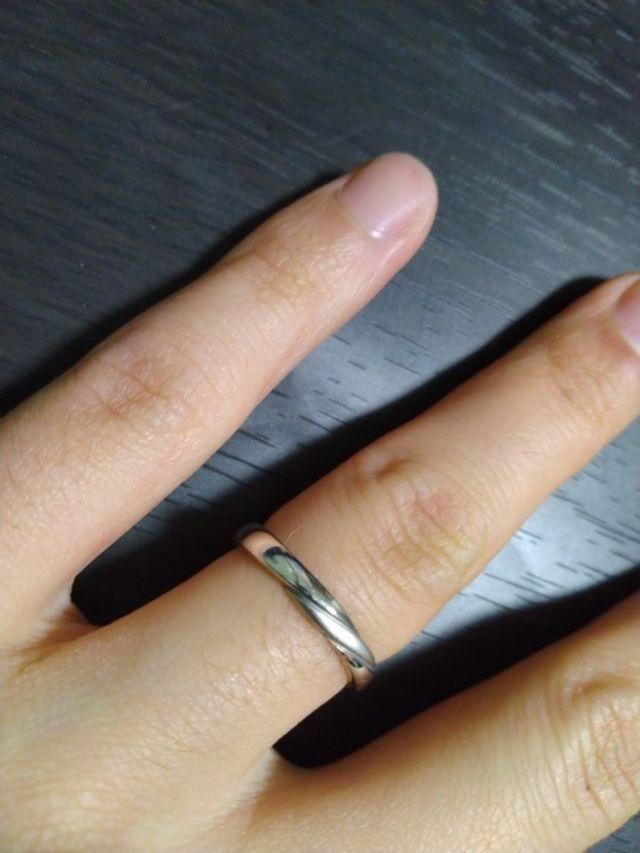 指輪着用写真