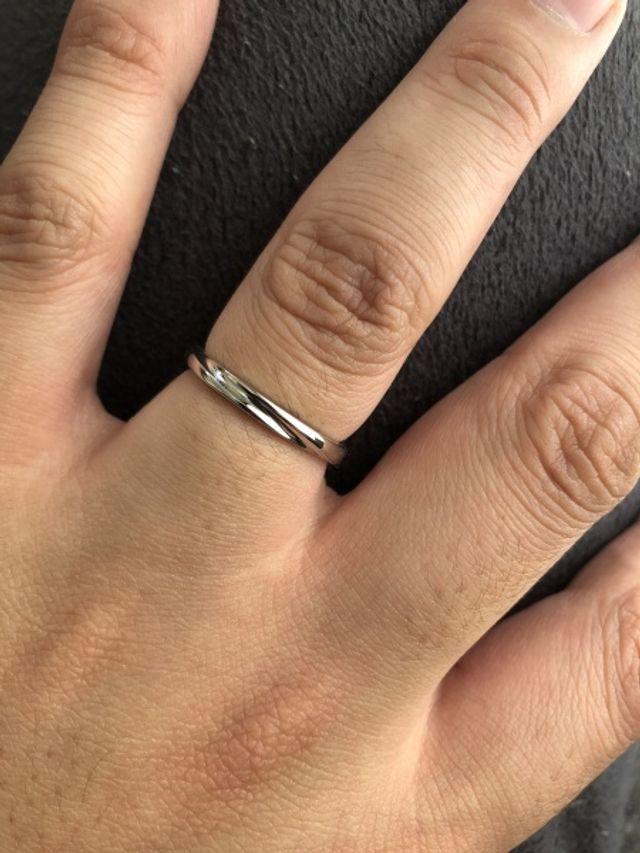 とても指通りが良く今までつけていた指輪とは感触が確かに違う
