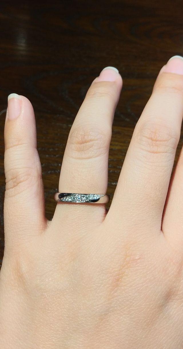 ダイヤモンド入りの結婚指輪