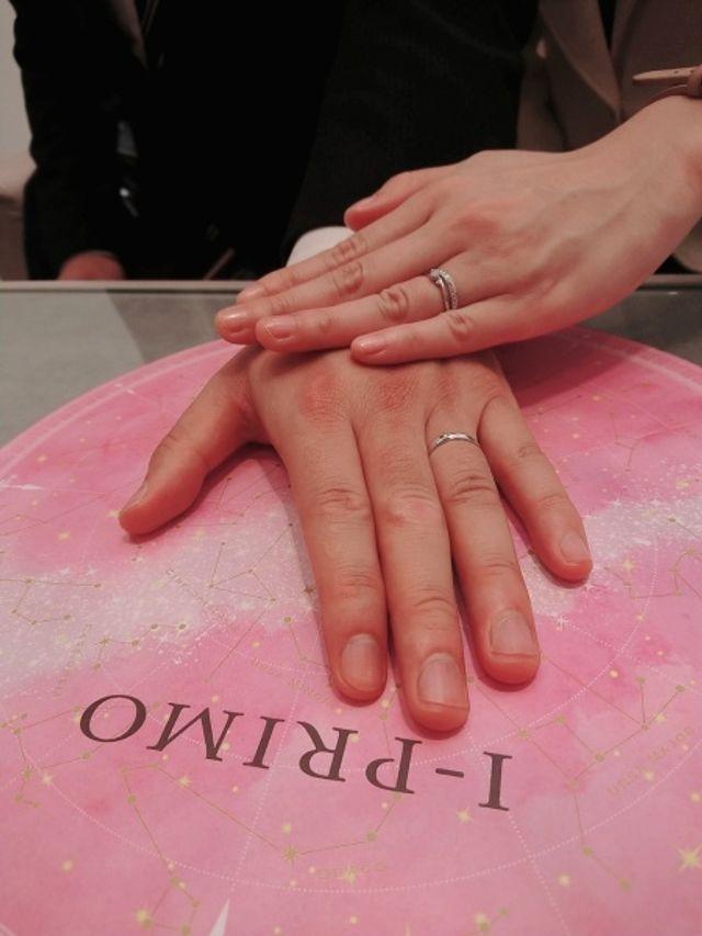 指輪のみの写真です。