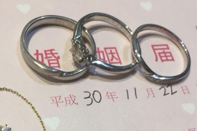 結婚指輪のみ、ブローチで購入しました!