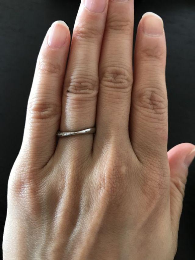 大きいダイヤモンドではなく小さなダイヤモンド綺麗です