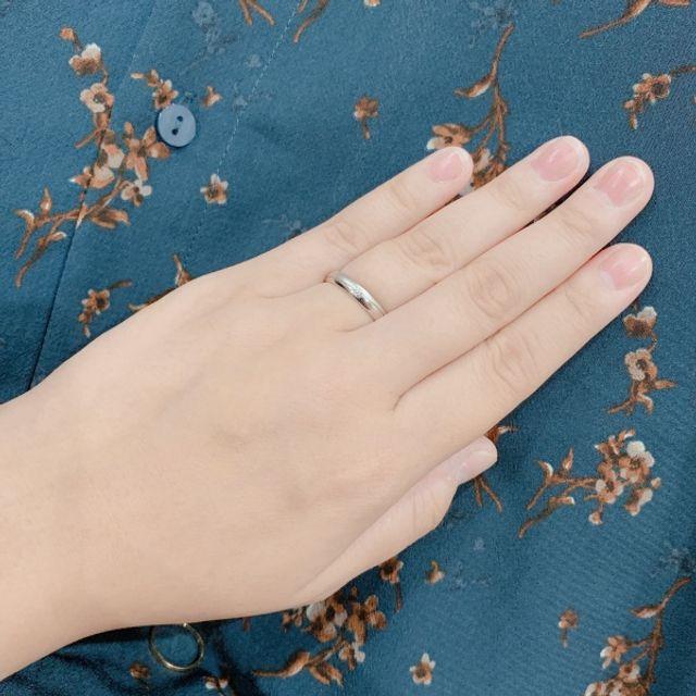 指輪の着用時。着け心地の良さでこれに選びました。