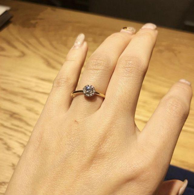 レミニッセンスという指輪。シンプルで気に入りました。