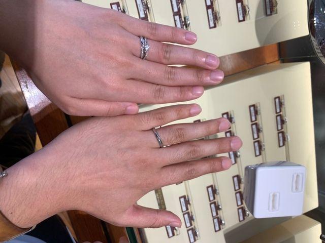 購入した婚約指輪と結婚指輪です。