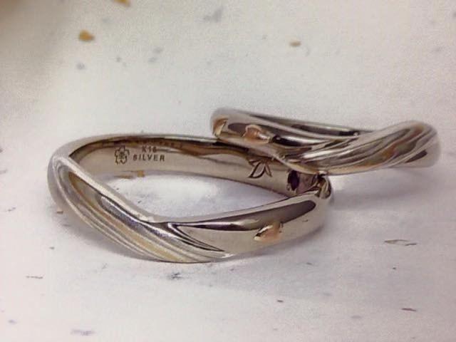 オーダーメイドで作った指輪です。