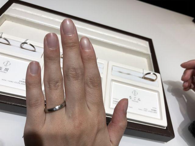 店員さんの対応も非常に良く、 気に入った指輪を見つけられた。