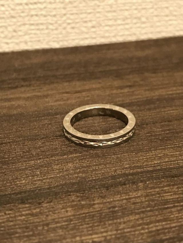 アナと雪の女王デザインの指輪。