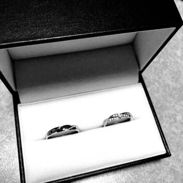 結婚指輪。ハーフエタニティ。