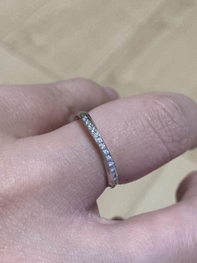 内側に特典のブルーのダイヤがついています。