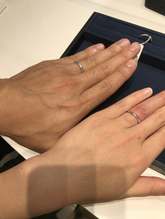 男性と女性の結婚指輪