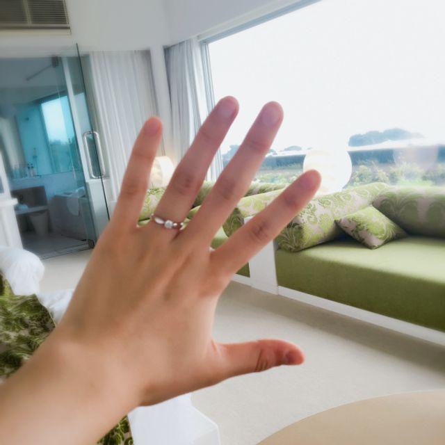 手を可愛いらしく見せてくれるデザインに惹かれました。