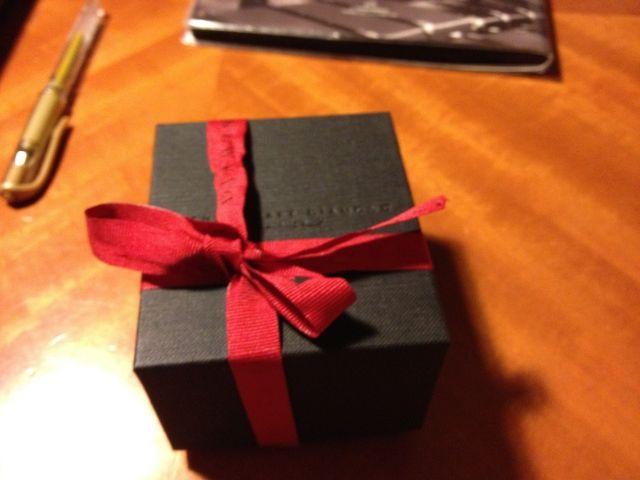 箱のデザインも重厚感あります。