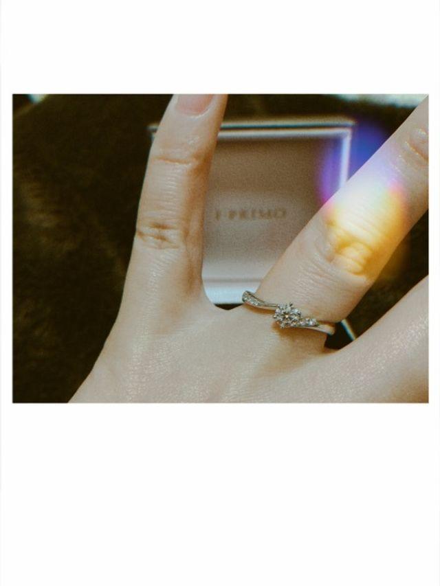 指輪着用時の写真です。