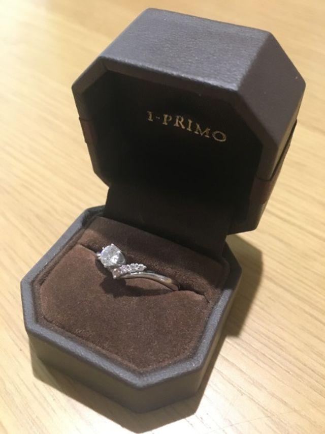 アイプリモの婚約指輪です。