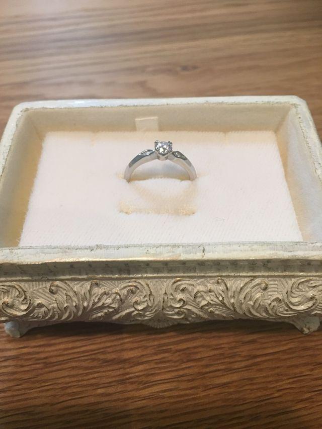 デザインがお気に入りの婚約指輪