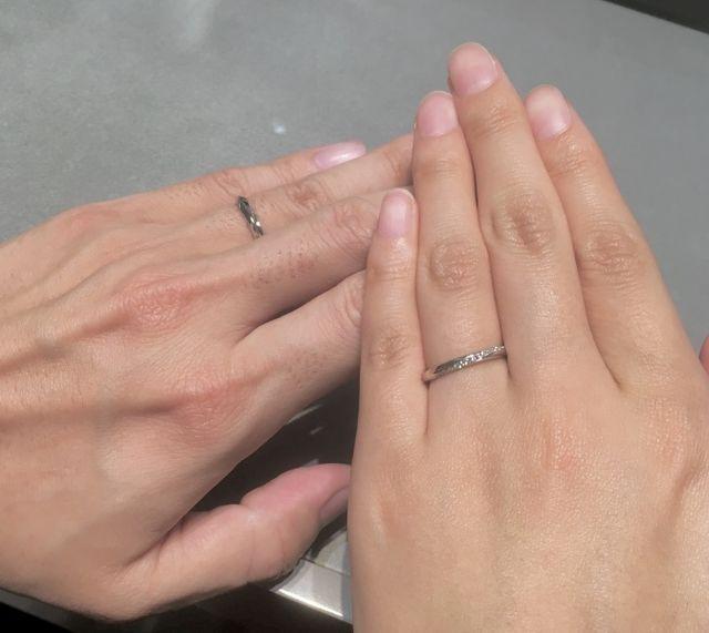 指輪が出来上がり、お店にいただきに伺った当日です。