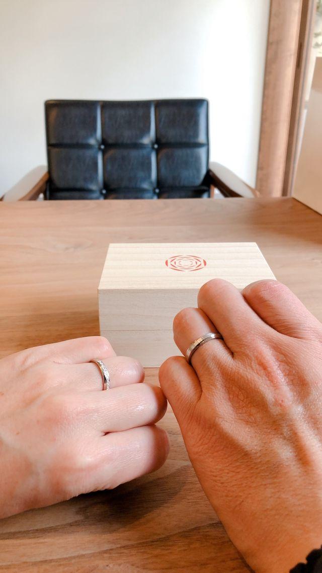 とても素敵なデザインの指輪で気に入りました。