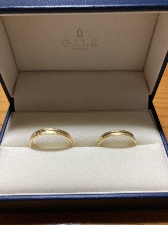2人で購入した結婚指輪です。とても気に入ってます。