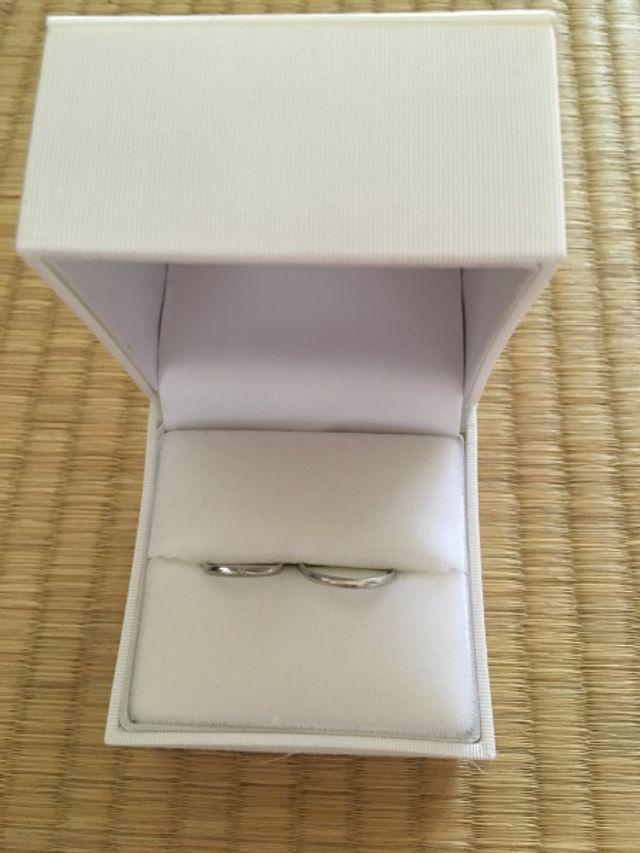 組曲の結婚指輪です。
