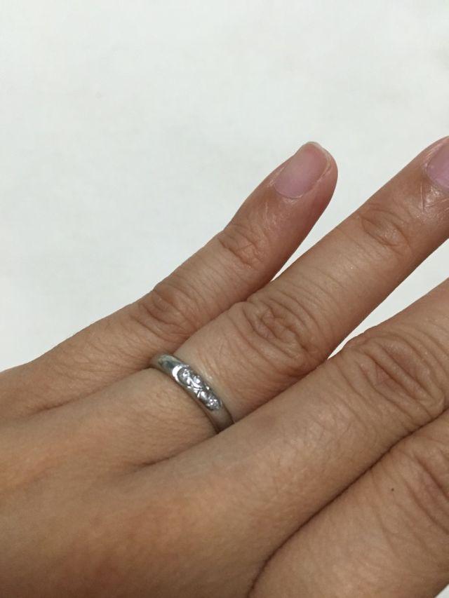 実際指輪をはめている写真