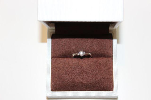 婚約指輪もらいました!!
