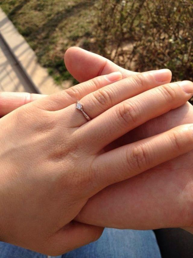 念願の婚約指輪。お願いしてドッキリでもらいました。