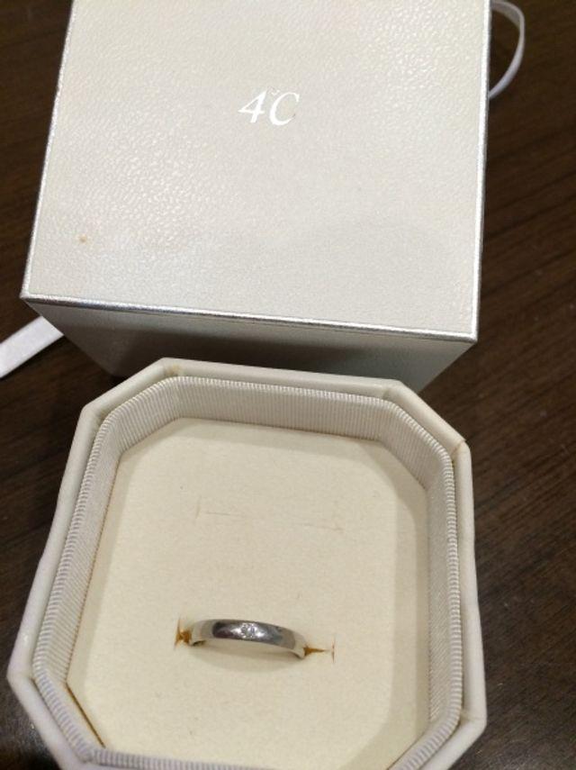 結婚指輪でダイヤ入り