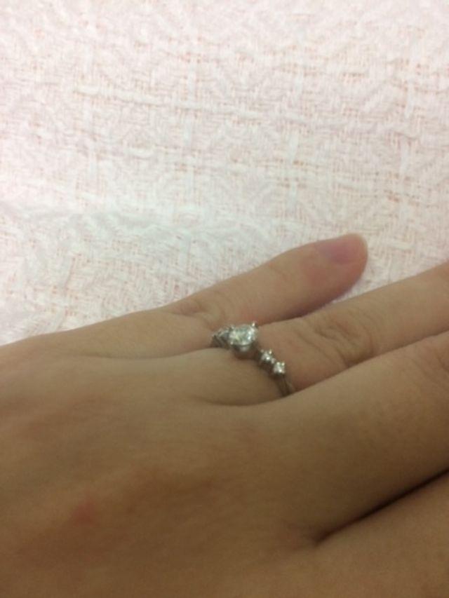 横から見た指輪