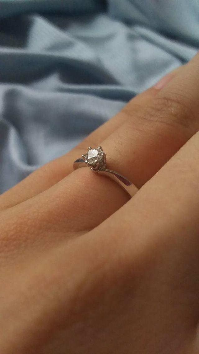 指輪のアップです。