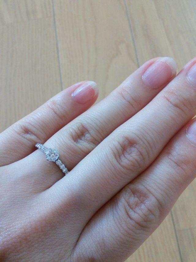 存在感のあるダイヤモンドです。