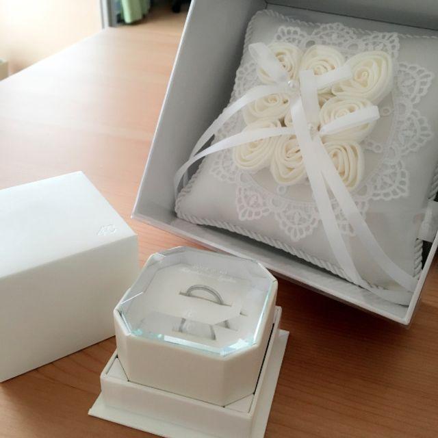 リングピローは購入特典。結婚式で使用しても素敵。