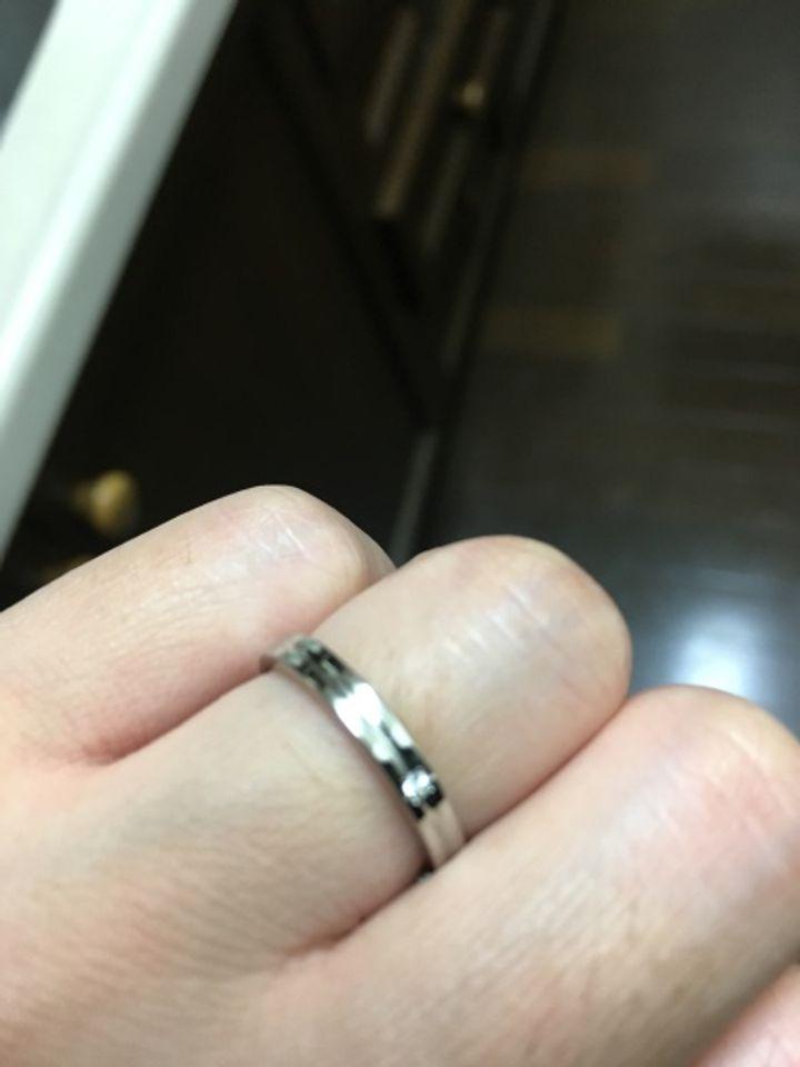 【Ptau(ピトー)の口コミ】 とにかく曲がらない物で探していた所 この指輪に出会いました! 旦那さん…
