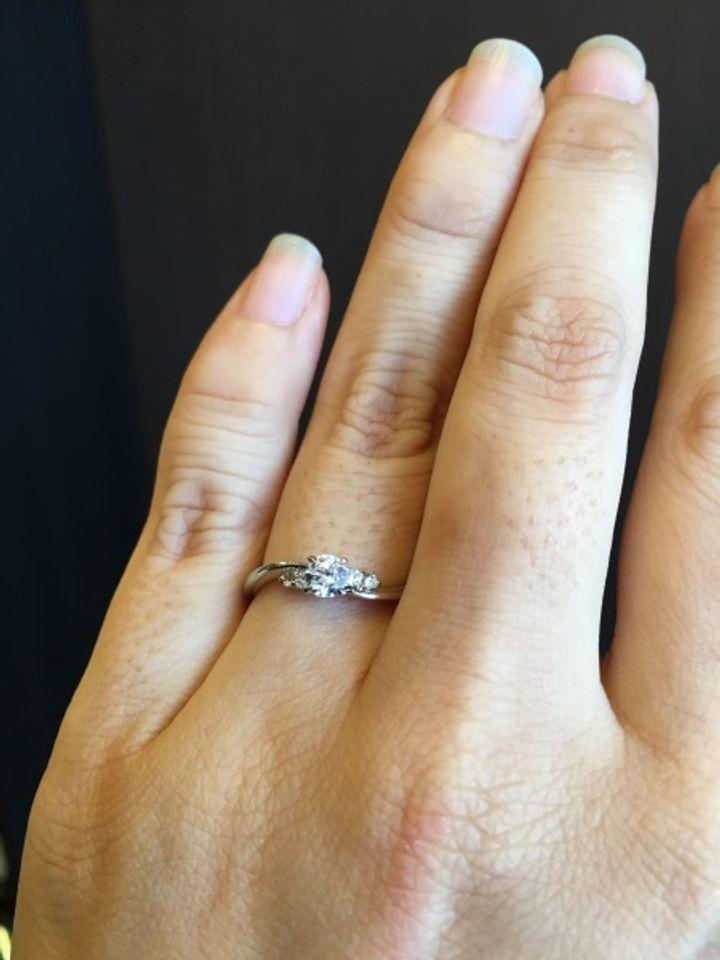 【パルテ熊本の口コミ】 普段から使える指輪がいいと相手にリクエストしました。一緒にお店に行き…