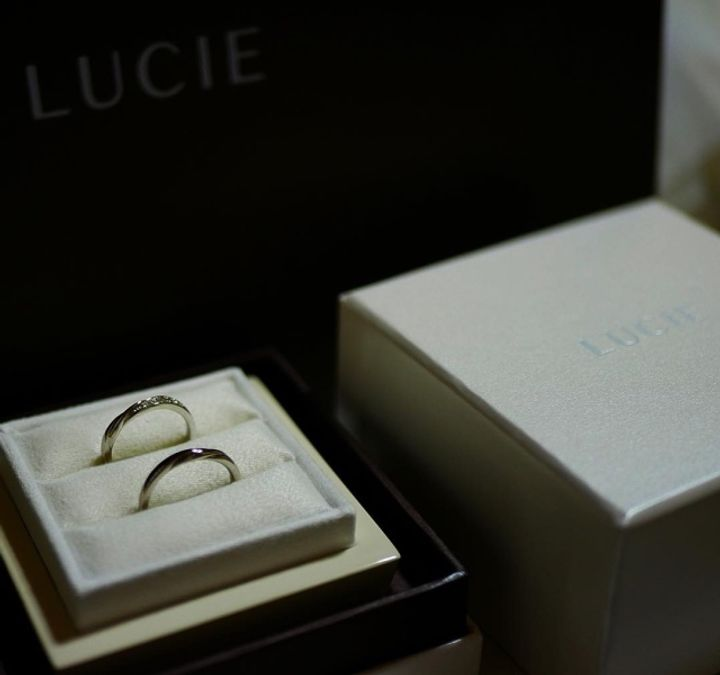 【LUCIE(ルシエ)の口コミ】 もともと、LUCIEではなく俄の指輪が良くて探しに行きました。隣にあったLU…