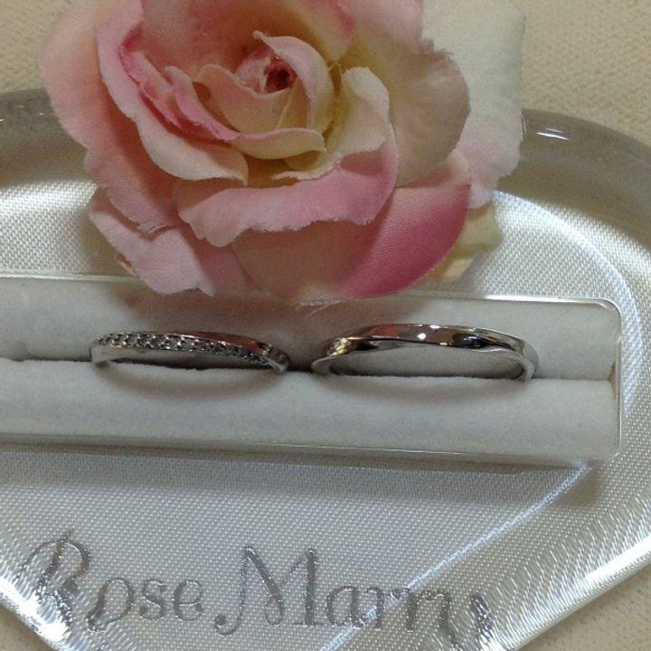 【RoseMarry(ローズマリー)の口コミ】 指輪はあまりした事がなかったので試着の時はダイヤの輝きさえも気になっ…