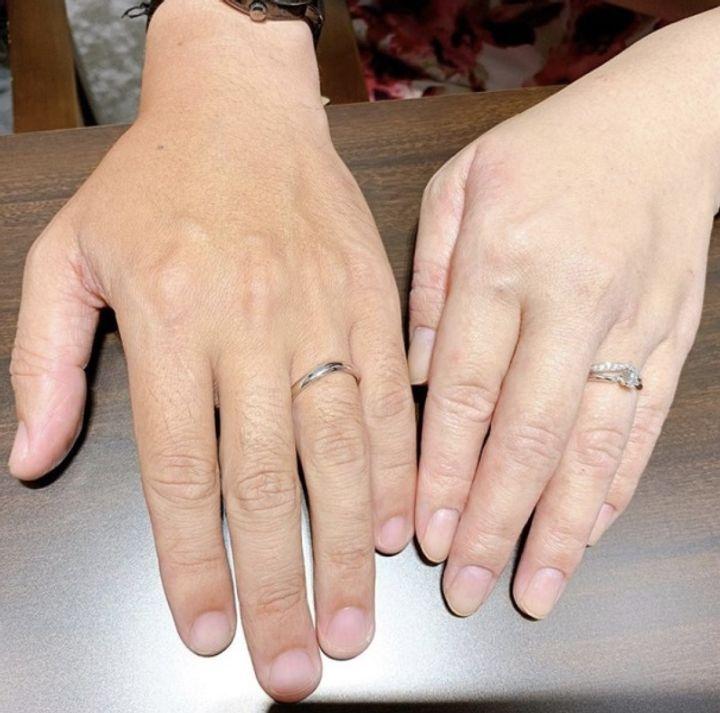 【俄(にわか)の口コミ】 この指輪にたどり着くまでに、ショップを6店舗周り、指輪の試着を30種類ほ…