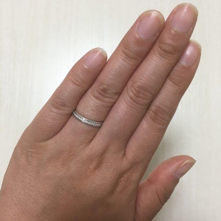【PILOT BRIDAL(パイロットブライダル)の口コミ】 指輪の中側が丸く削られているので長時間着用していても痛くなりにくいと…