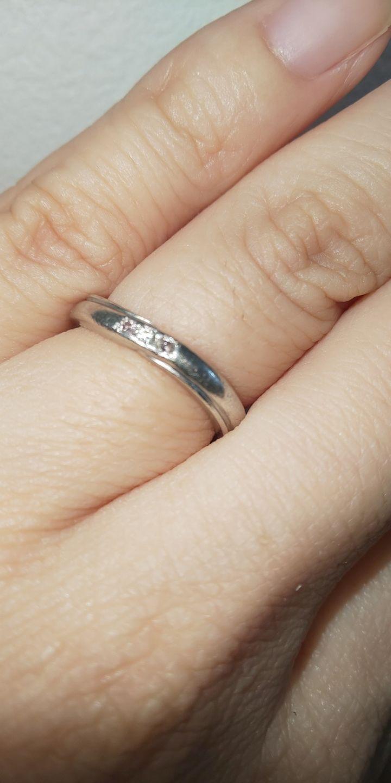 【FIRST DIAMOND(ファーストダイヤモンド)の口コミ】 いろんな店舗をすごくまわった中フルオーダーになって店員さんのデザイン…