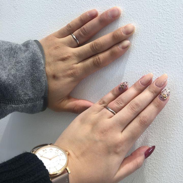 【俄(にわか)の口コミ】 婚約指輪がNIWAKAさんで頂いたので同じブランドにしました。私自身がシン…