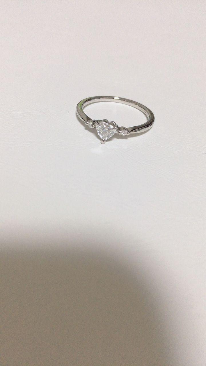【snow(スノウ)の口コミ】 私は可愛いものが好きなのでハートの形をしたこちらの婚約指輪に一目惚れ…