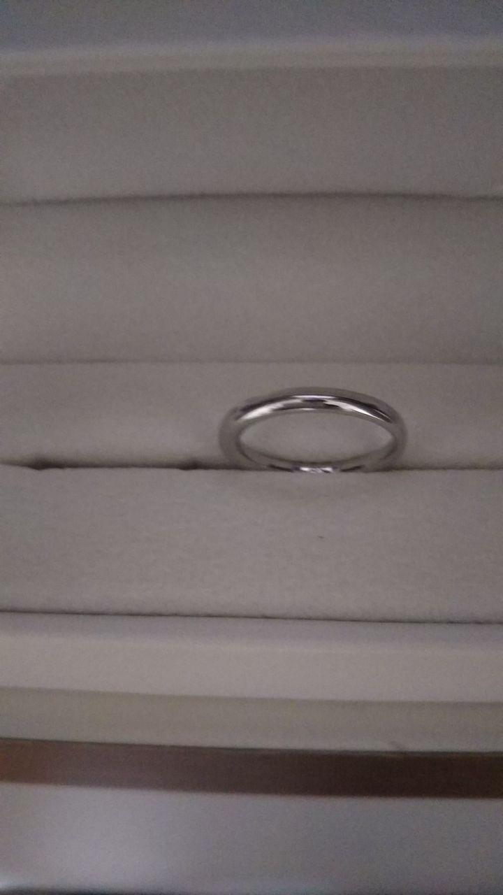 【OCTAVE(オクターヴ)の口コミ】 デザインと価格帯が気に入りました。指輪の内側に二人の誕生日石をそれぞ…