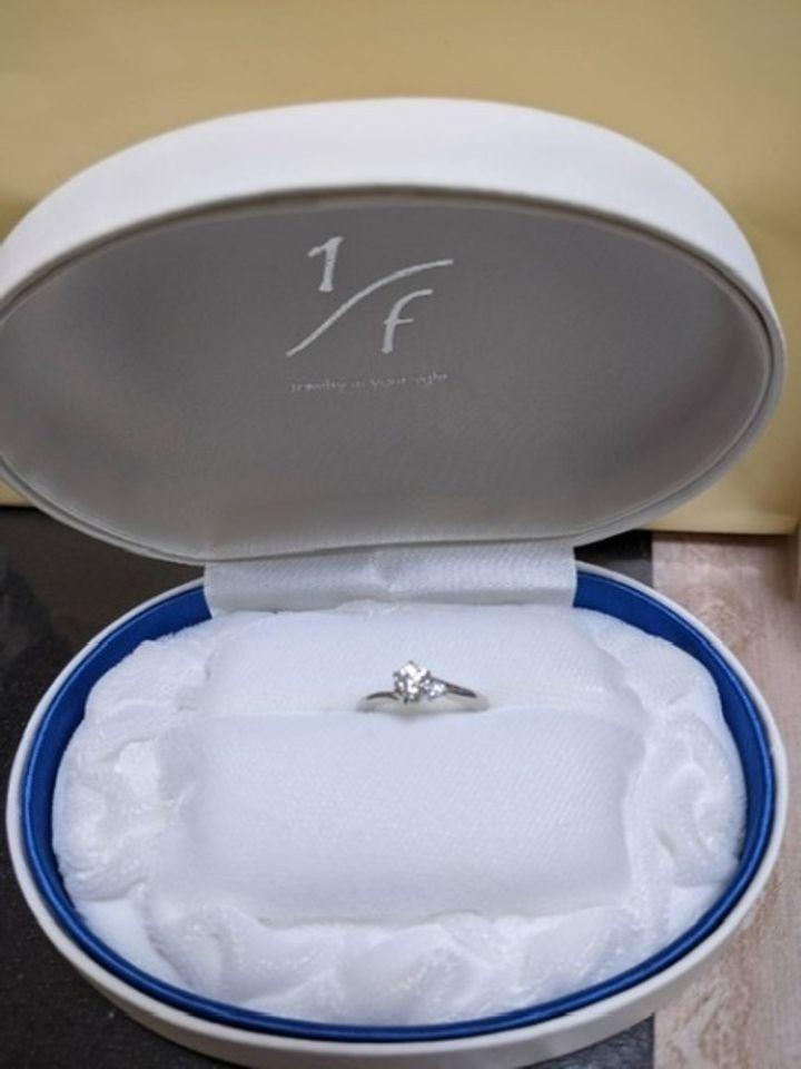 【1/f エフブンノイチの口コミ】 デザインがシンプルで可愛いく、ダイヤがよく輝いて見え、色々選ぶことが…