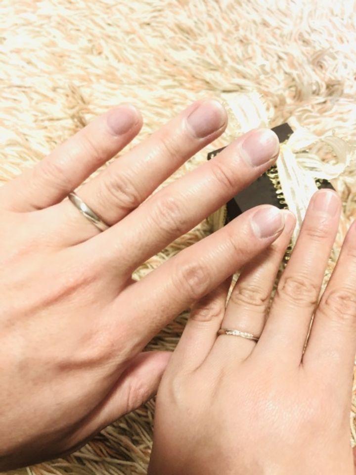 【Love Bond(ラブボンド)の口コミ】 私の肌が地黒なので、シルバ一色よりはピンクゴールド色のタイプを探して…