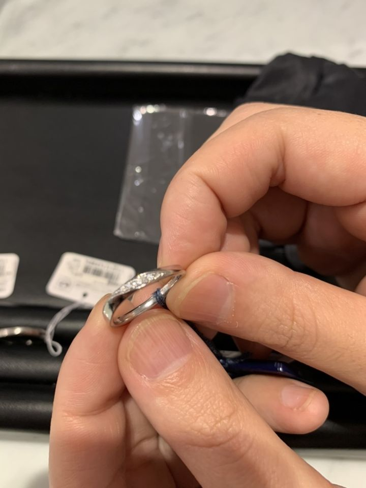 【OPERAの口コミ】 ダイヤモンドが本当に綺麗。プラチナの輝きが他の指輪と比べて違う感じが…