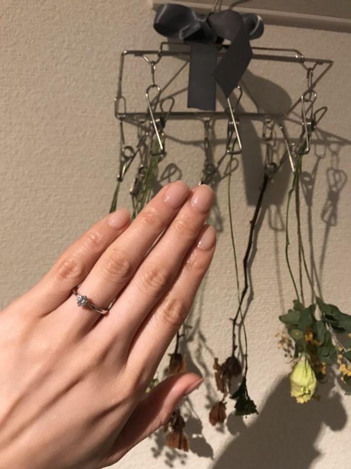 【ギンザタナカブライダル(GINZA TANAKA BRIDAL)の口コミ】 デザインはザ婚約指輪というものしかこだわりがなく、先に結婚指輪を決め…